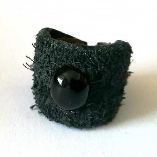 bague pierre noir