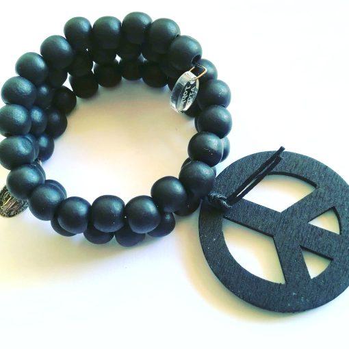 bracelet perles noires bois love